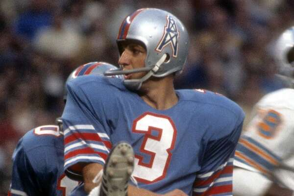HOUSTON, TX - SEPTEMBER 28: Kicker Roy Gerela #3 of the Houston Oilers punts the ball against the Miami Dolphins during an NFL football game at the Houston Astrodome September 28, 1969 in Houston, Texas. Gerela played for the Oilers from 1969-70. (Photo by Focus on Sport/Getty Images)