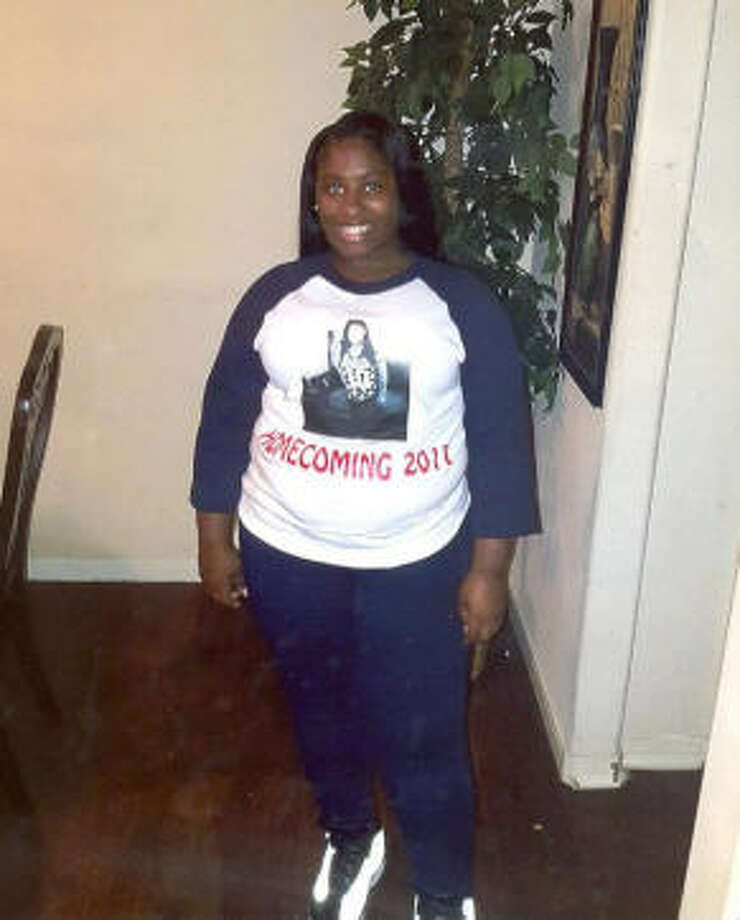 Kennetria Williams, 15, is a runaway juvenile who is being searched for by the Houston Police Department Missing Persons Division according to a press release shared on Dec. 27, 2017. Continue through the photos to see the other Houston-area children who are currently missing. Photo: Courtesy Of Houston Police Department Missing Persons Division