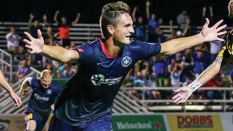 Sam Fink celebrates during a game with St. Louis FC two years ago. Fink recently signed with St. Louis for the 2018 season after playing a year in Oklahoma City. Photo: Mark Guthrel/Saint Louis FC