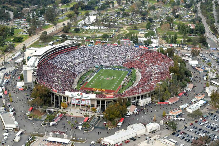 The Georgia Bulldogs and the Oklahoma Sooners will meet in the College Football Playoff Semifinal at the Rose Bowl in Pasadena on New Year's Day. (File photo: An aerial view of the 2017 Rose Bowl Game between the USC Trojans and the Penn State Nittany Lions) Photo: Pool/Getty Images