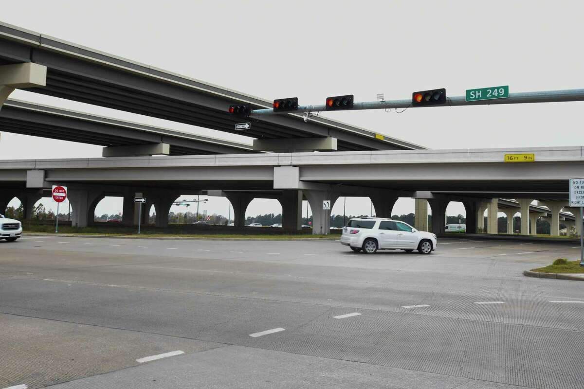 The Harris County Toll Road Authority expects to start construction on four connectors along the Grand Parkway and Tomball Tollway in mid-2019.