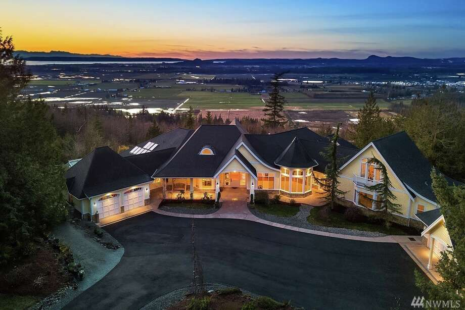 18616 Quail Drive in Mount Vernon is listed for $1,999,988. It has five bedrooms and 3½ bathrooms. It spans more than 8,000 square feet. Photo: Photos By Andrew Webb, Clarity NW/listing Courtesy Sandy Walsh, RE/MAX Metro Realty, Inc