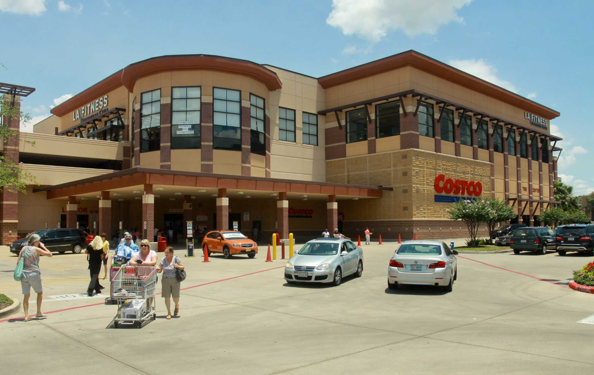 Greenway Commons is sold to LaSalle Investment Management