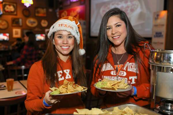 The UT Alumni for the SA Texas Exes Bowl Watch Party was held at Little Woodrow's on Wednesday night, December 27, 2017. Alumni and UT fans cheered as they watched Texas vs Missouri in Academy Sports + Outdoors Texas Bowl.