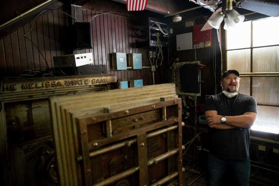 Steven Tomlin looks around the former safe room at the Spaghetti Warehouse downtown location in Houston on Monday, Dec. 18, 2017. Tomlin's company, Restaurant Equipment Bid, oversees equipment auctions when restaurants close. The safe at the Spaghetti Warehouse sold for $500 and weighs around 5,000 lbs.See more photos from inside this Houston institution... Photo: Annie Mulligan, Freelance / @ 2016 Annie Mulligan