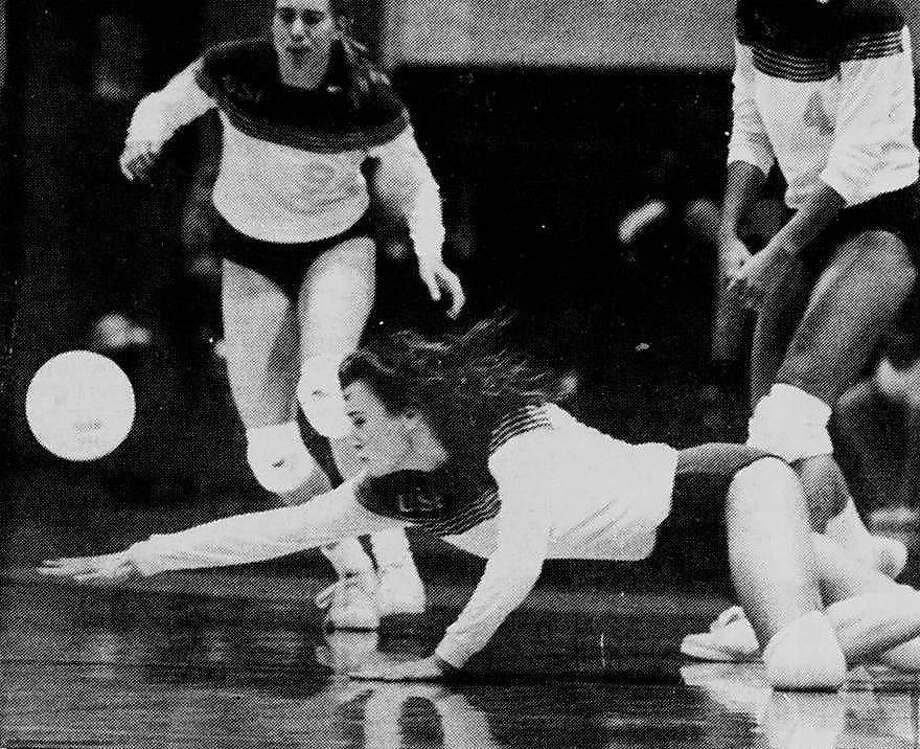 Klay's mom, Julie, was a standout volleyball player at both the University of San Francisco and the University of Portland. Photo: Courtesy USF