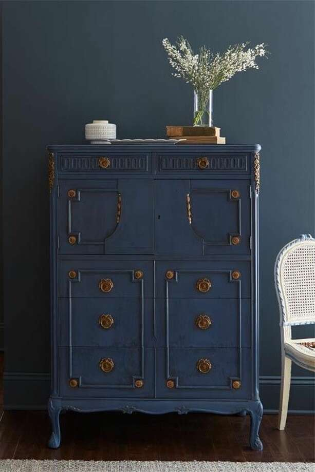 """4) Tone on Tone """"When trim work and walls are the same color it feels more interesting,"""" says Gaines. If you really want to embrace this trend, paint your dresser a similar shade as your walls, as seen here.  Photo: Getty Images"""