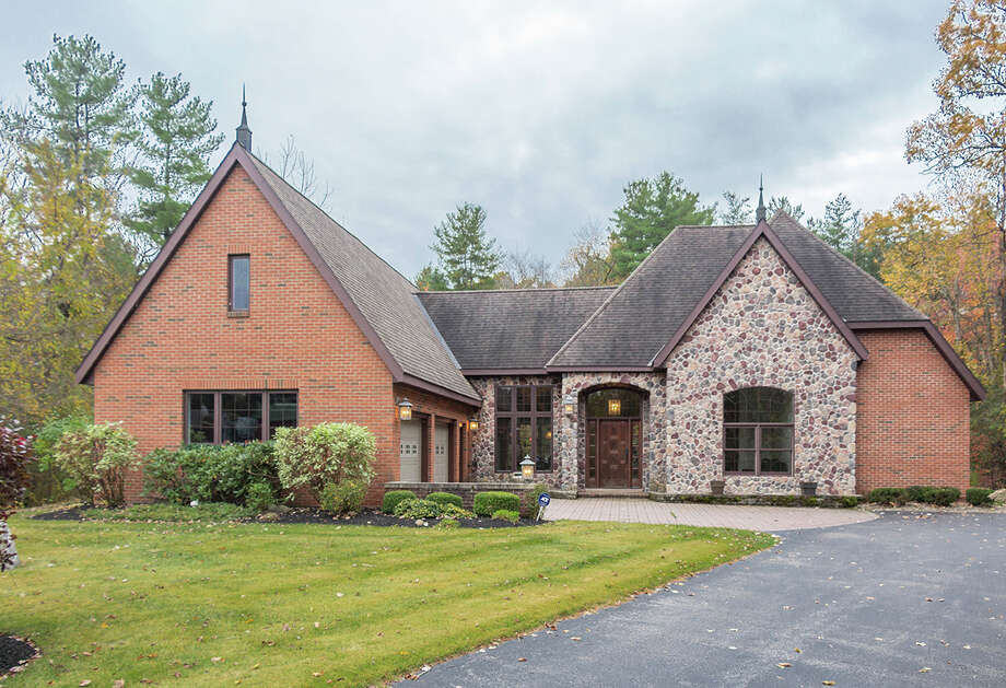 House of the Week: 304 Riverview Road, Rexford | Realtor:  Dona Frank and Donald Hommel of Select Sotheby's International Realty | Discuss: Talk about this house Photo: Natasha Van Voorhis
