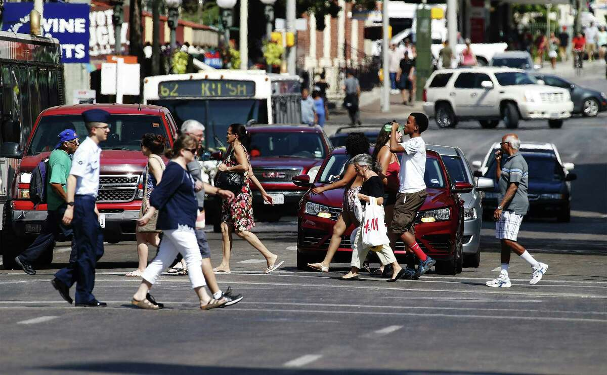 The ozone levels in San Antonio's statistics causes 52 premature deaths per year according to a new public health study by New York University and the American Thoracic Society. (Kin Man Hui/San Antonio Express-News)