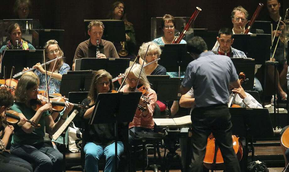 The San Antonio Symphony rehearses in the Tobin Center for the Performing Arts in 2016. The symphony musicians' contract expires at the end of the year, though they are holding out hope for a last-minute agreement. Photo: John Davenport /San Antonio Express-News / ©San Antonio Express-News/John Davenport