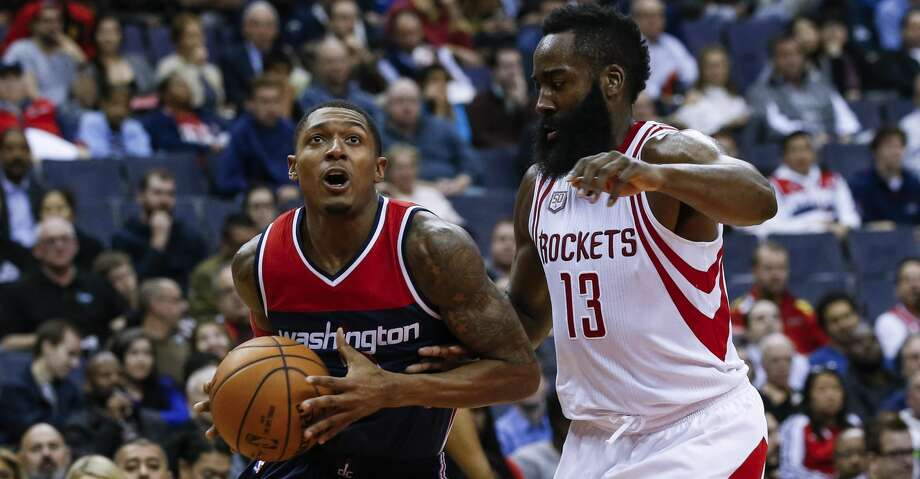 James Harden and the Rockets host Bradley Beal and the Wizards in the first of three home games this week at Toyota Center. Photo: Anadolu Agency/Getty Images