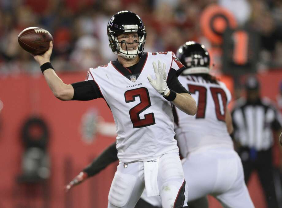 Matt Ryan, a Philadelphia-area native, and the Falcons face the top-seeded Eagles on Saturday in the City of Brotherly Love. Photo: Jason Behnken/Associated Press