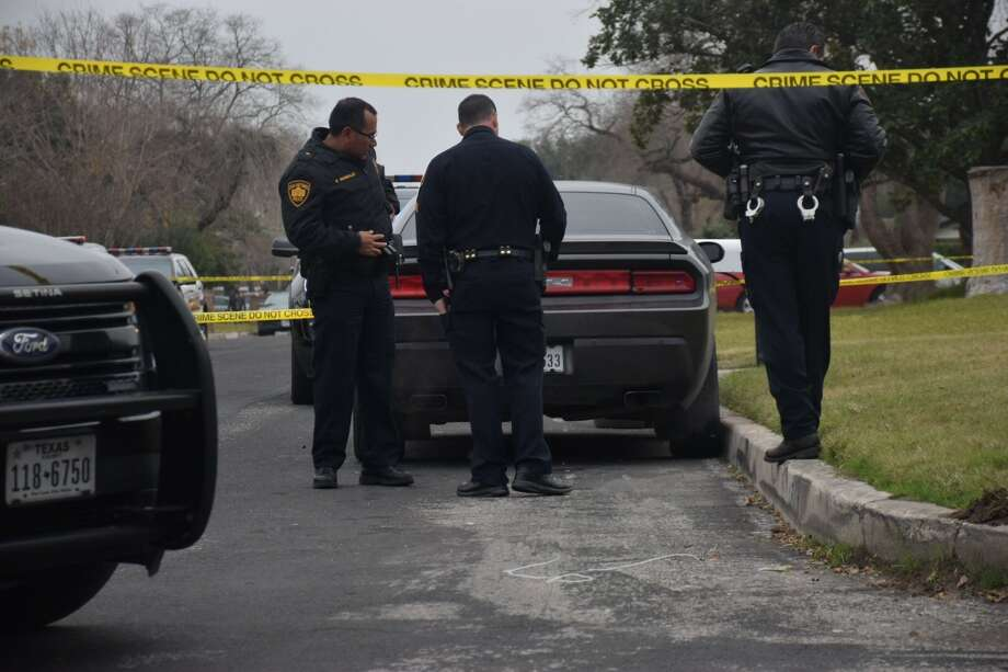 Police responded to reports of a fatal shooting around 8:30 a.m. Friday in the 4700 block of Belinda Lee on the East Side Photo: Caleb Downs