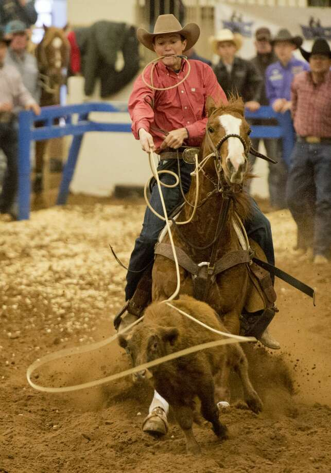 Ropers compete 12/29/17 in the Tall City Ultimate New Year's Junior Calf Roping at the Midland Horseshoe Arena. Tim Fischer/Reporter-Telegram Photo: Tim Fischer/Midland Reporter-Telegram
