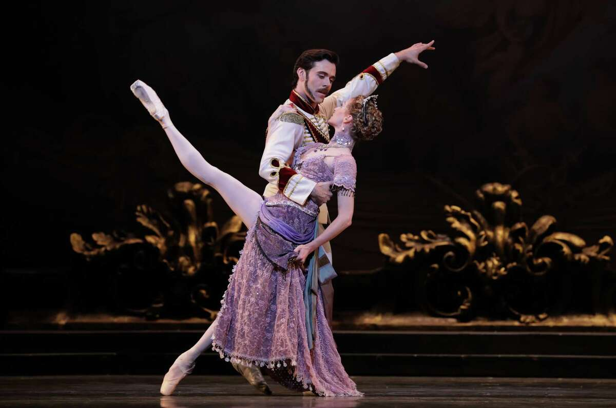 Connor Walsh (Prince Rudolf) and Sara Webb (Countess Marie Larish) were among the talents who made Houston Ballet's premiere of Sir Kenneth MacMillan's