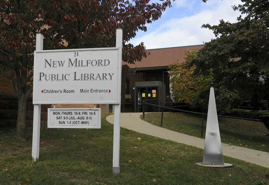 New Milford Public Library, Tuesday, October 25, 2016, in New Milford, Conn. Photo: H John Voorhees III / Hearst Connecticut Media / The News-Times