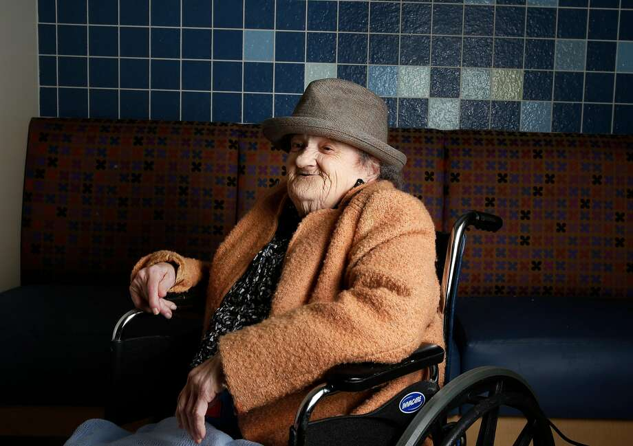 Millie Gardiner, who lived in North Beach for decades, is seen here in 2016 at Laguna Honda Hospital, where she died at 94. Photo: Leah Millis, The Chronicle