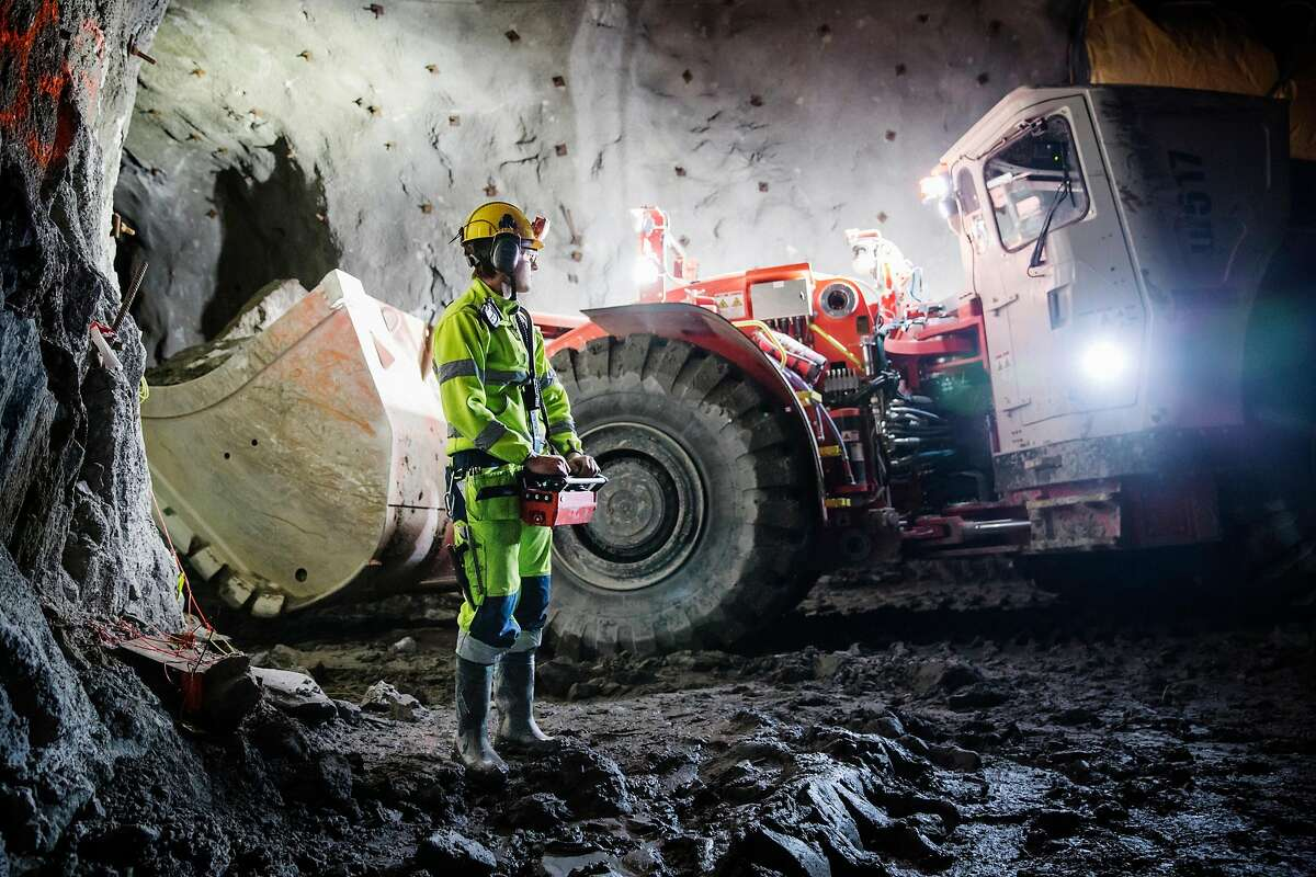 Oskar Pals, 19, operates a loader by remote control at the New Boliden mine in Garpenberg, Sweden, Dec. 6, 2017. In a world full of anxiety about the potential job-destroying rise of automation, Sweden is well placed to embrace technology while limiting human costs. (Linus Sundahl-Djerf/The New York Times)