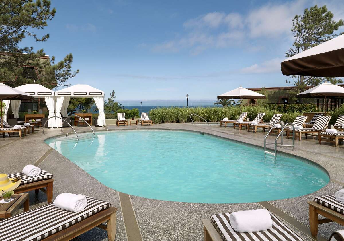 The heated pool at L�Auberge Del Mar offers cabanas, a hot tub and bar along with ocean views.