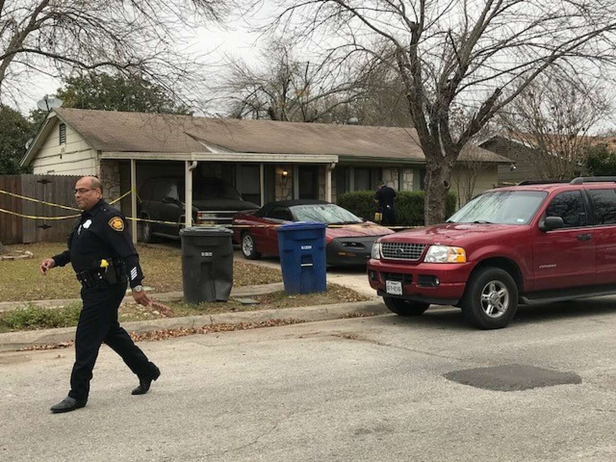 Police investigate a fatal shooting on the Northwest Side Friday afternoon, Dec. 29, 2017.