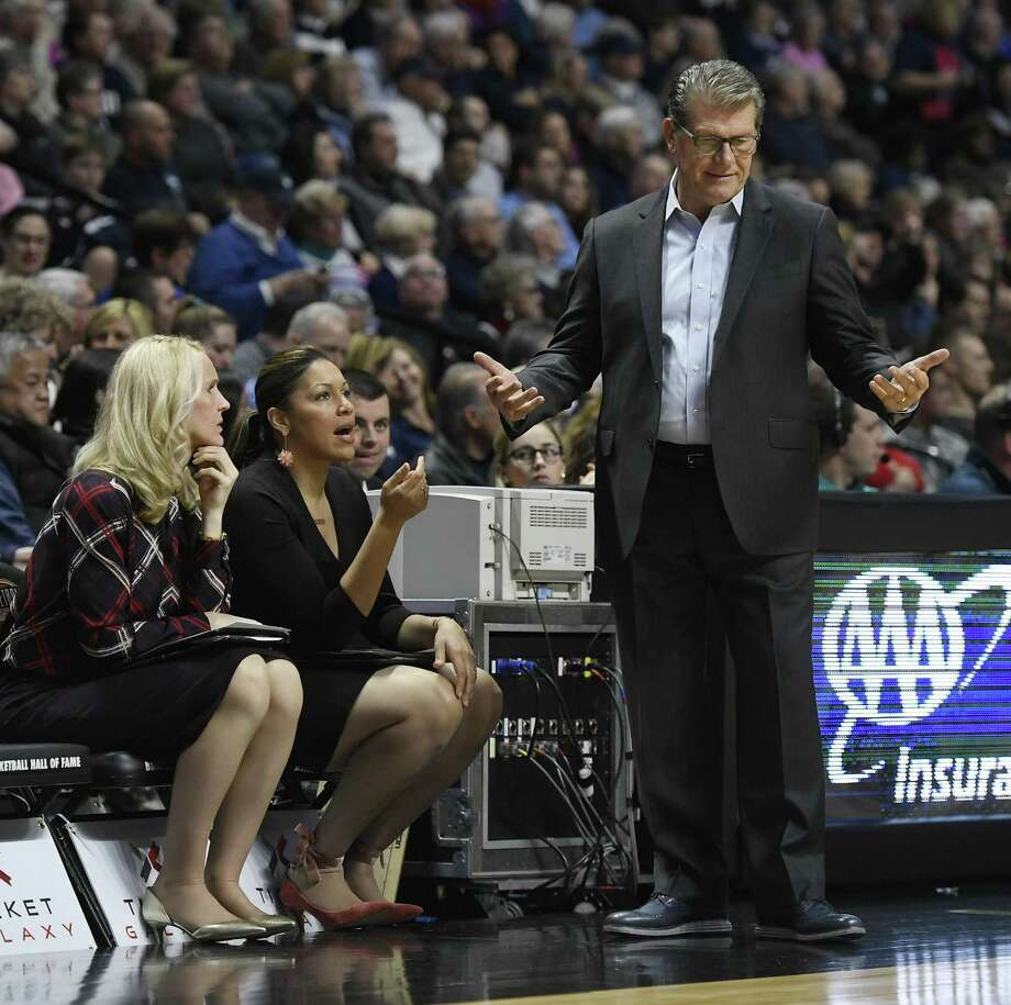 UConn head coach Geno Auriemma missed Friday's practice as he battles flu-like symptoms. Photo: Jessica Hill / Associated Press / AP2017