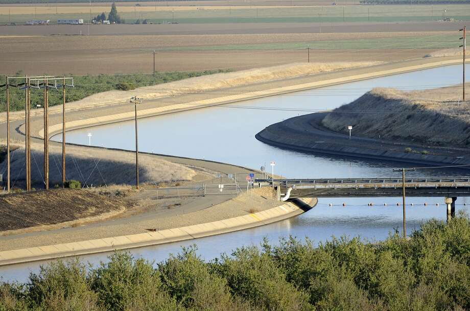 In the Westland Water District of the Central Valley, canals carry water downstate. The Trump administration says it will look at ramping up water delivery to farmers from the environmentally sensitive Central Valley Project. Photo: Russel A. Daniels, Associated Press