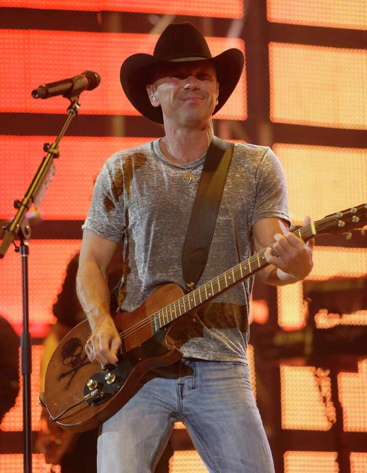 Kenny Chesney performs at RodeoHouston during the Houston Livestock Show and Rodeo in NRG Stadium Monday, March 14, 2016, in Houston. ( Melissa Phillip / Houston Chronicle ) Photo: Melissa Phillip, Staff / © 2016 Houston Chronicle