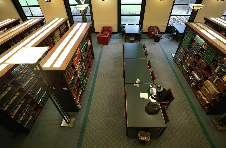 Fondren Library at Rice University Wednesday, Dec. 6, 2017, in Houston. ( Godofredo A. Vasquez / Houston Chronicle ) Photo: Godofredo A. Vasquez, Houston Chronicle / Godofredo A. Vasquez