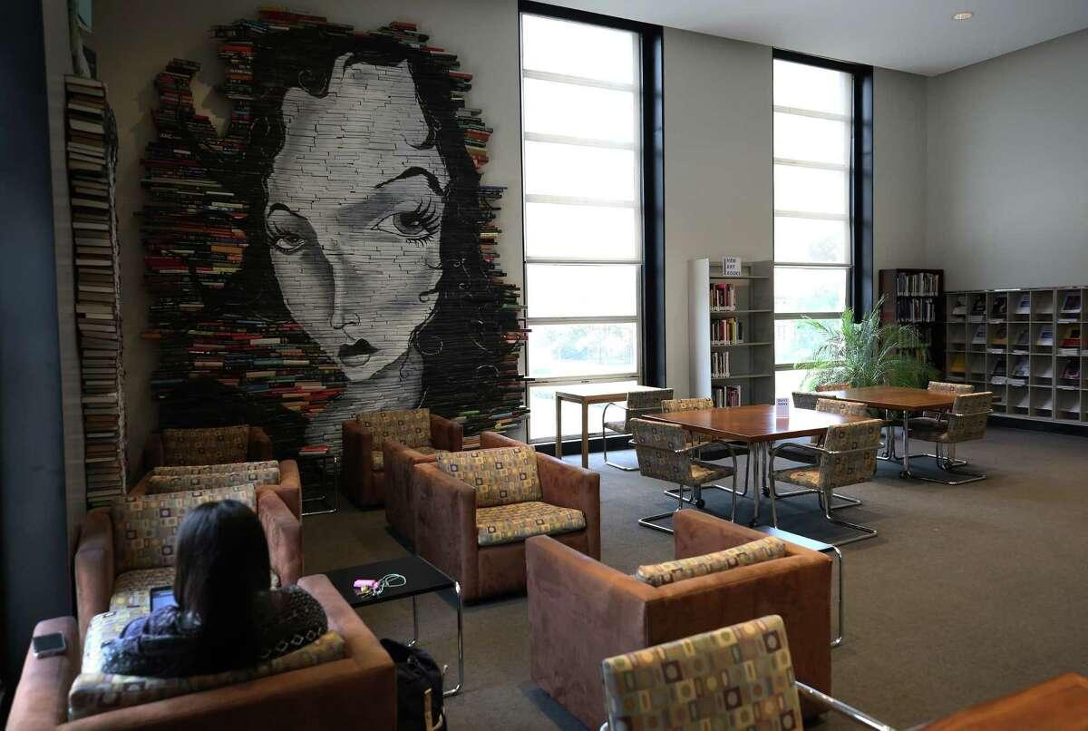 Fondren Library at Rice University Wednesday, Dec. 6, 2017, in Houston. ( Godofredo A. Vasquez / Houston Chronicle )