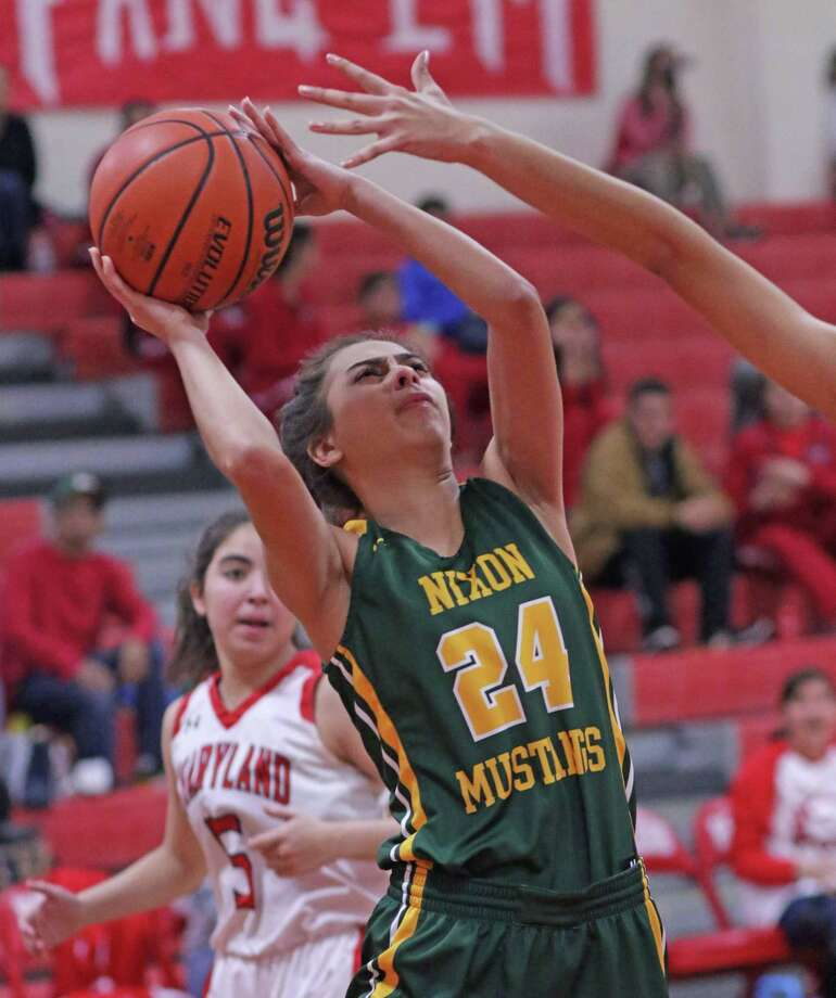 Nixon and United won both their games and LBJ split its contests in Day 2 of the House of Pain Tournament in Mission. United will play McAllen Memorial in the championship game at 1 p.m. Saturday. Photo: Clara Sandoval /Laredo Morning Times