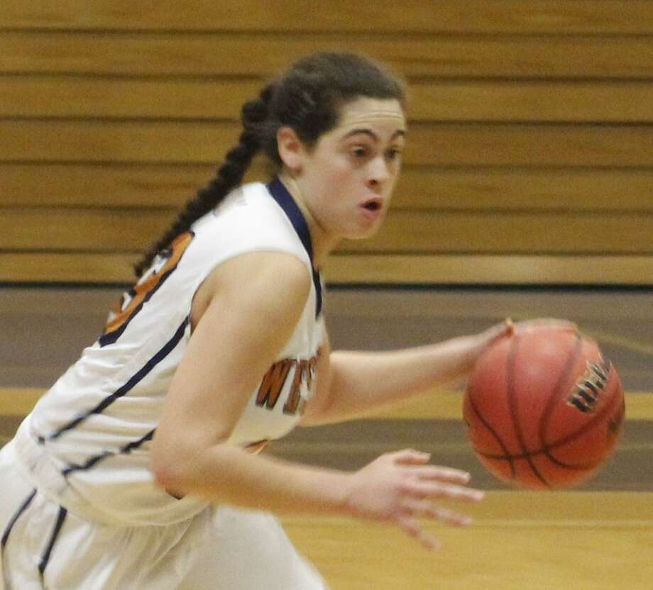 FILE PHOTO: Western Connecticut's Genesis Torres moves the ball up the court during the women's basketball game against Albertus Magnus at the O'Neill Center in Danbury Nov. 28, 2017. Photo: Richard Gregory / Richard Gregory