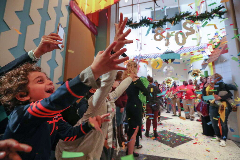 Superior Children Reach For Confetti During The Childrenu0027s Museum Of Houstonu0027s  Rockinu0027 New Yearu0027s Noon Bash Nice Ideas