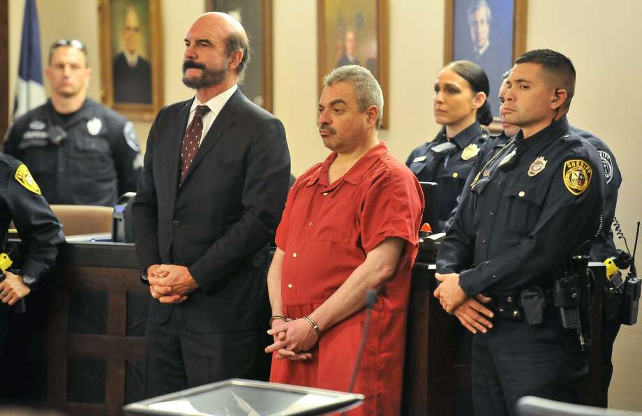 Mark Anthony Gonzalez (center), who was sentenced to death for the murder of Bexar County Sheriff's Sgt. Kenneth Vann, appears in court in 2016. A new report by the Texas Coalition Against the Death Penalty found that Bexar County juries are becoming more and more reluctant to hand out the death penalty. Gonzalez is the only person from Bexar County to get the death penalty in eight years. Photo: Robin Jerstad /San Antonio Express-News / San Antonio Express-News