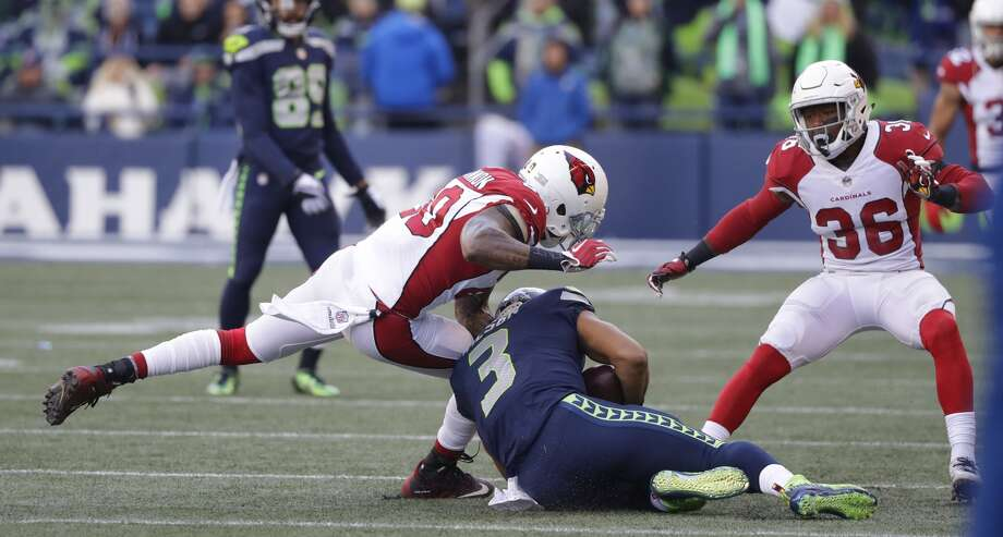 Sluggish start Seattle's first quarter was one to forget. The defense