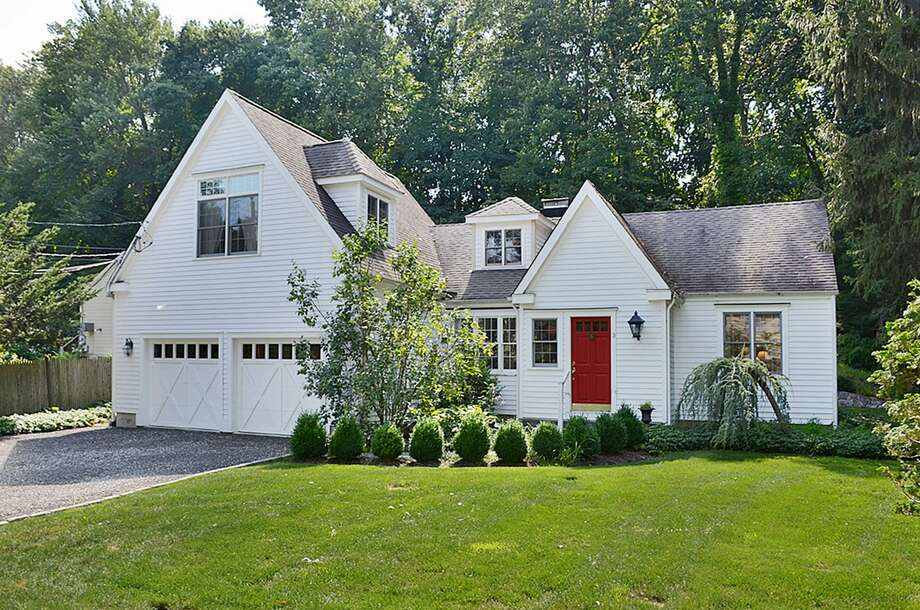 The Cape Cod Style House At 3 Ridgewood Lane Was Expanded And Modernized