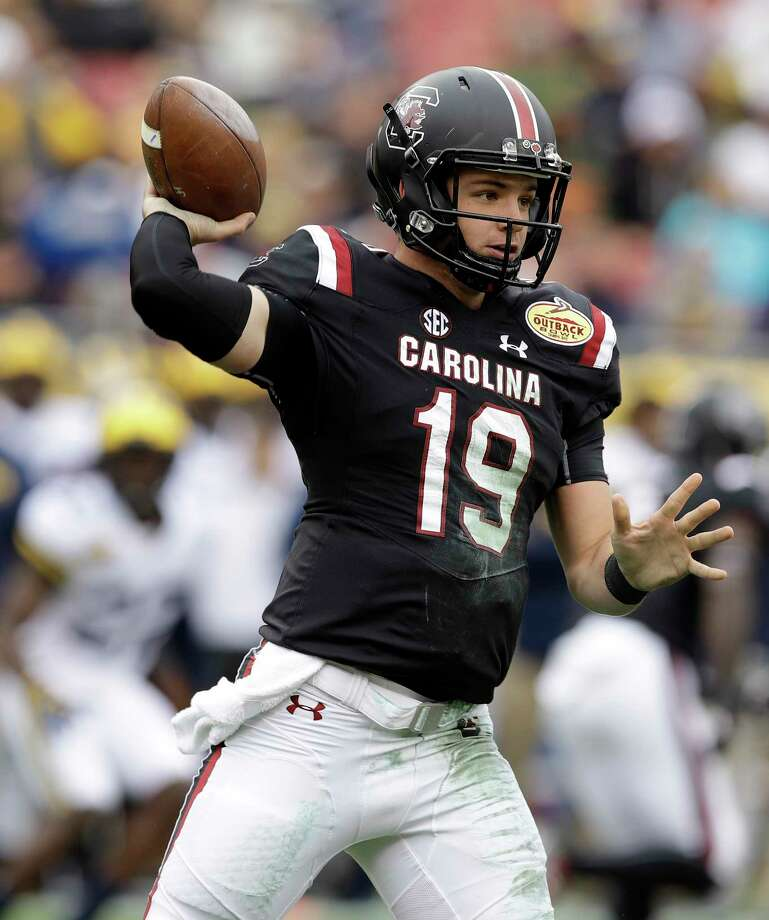 South Carolina quarterback Jake Bentley throws a pass against Michigan during the first half of the Outback Bowl NCAA college football game Monday, Jan. 1, 2018, in Tampa, Fla. (AP Photo/Chris O'Meara) Photo: Chris O'Meara / Copyright 2018 The Associated Press. All rights reserved.