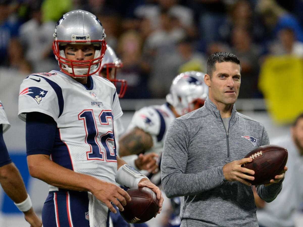 DETROIT, MI - AUGUST 25, 2017: Director of player personnel Nick Caserio and quarterback Tom Brady #12 of the New England Patriots take part in drills prior to a preseason game on August 25, 2017 against the Detroit Lions at Ford Field in Detroit, Michigan. New England won 30-28. (Photo by: 2017 Nick Cammett/Diamond Images/Getty Images)