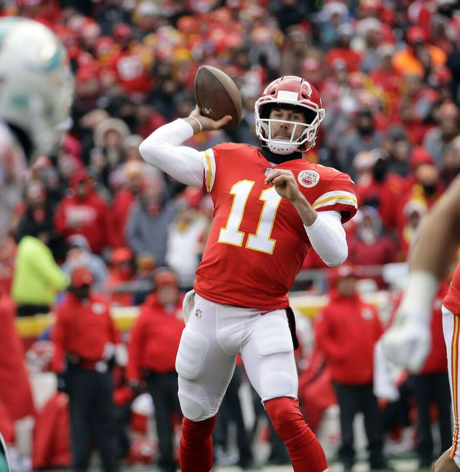 Kansas City's Alex Smith has completed 67.5 percent of his passes this season and has thrown 4,042 yards while leading his team to a second straight AFC West title. Photo: Charlie Riedel, Associated Press