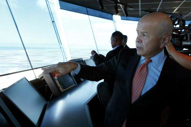FAA Administrator Michael Huerta tours San Francisco International Airport's air traffic control tower after a dedication ceremony in 2016. Huerta's five-year term ends Sunday.
