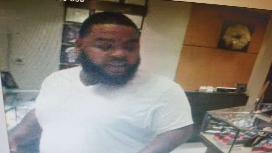 Police are searching for the man caught on surveillance trying to rob a jewelry store with a hammer.