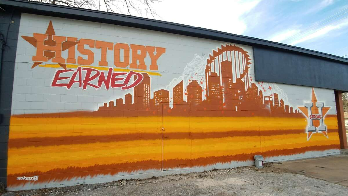 Houston street artist Skeez181 has created an epic Houston Astros mural in the Heights that is sure to attract die-hard fans still on a World Series high. Source: ElMuralcho.com