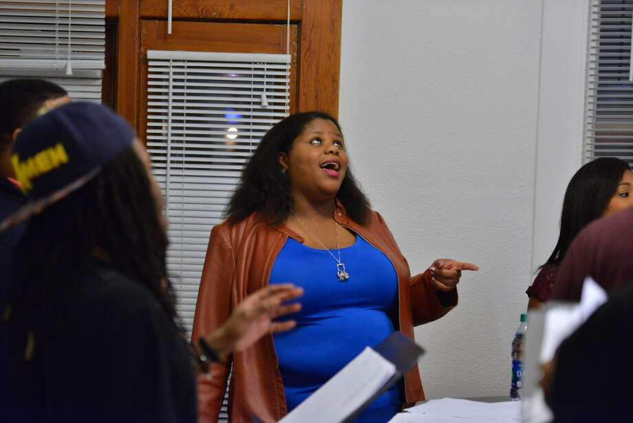 "Evonne Nathaniel sings during a rehearsal for the Renaissance Guild's production of ""The Eastwood Project: A Blues Continuum."" Nathaniel wrote the show in addition to appearing in it. Photo: Robin Jerstad /San Antonio Express News"