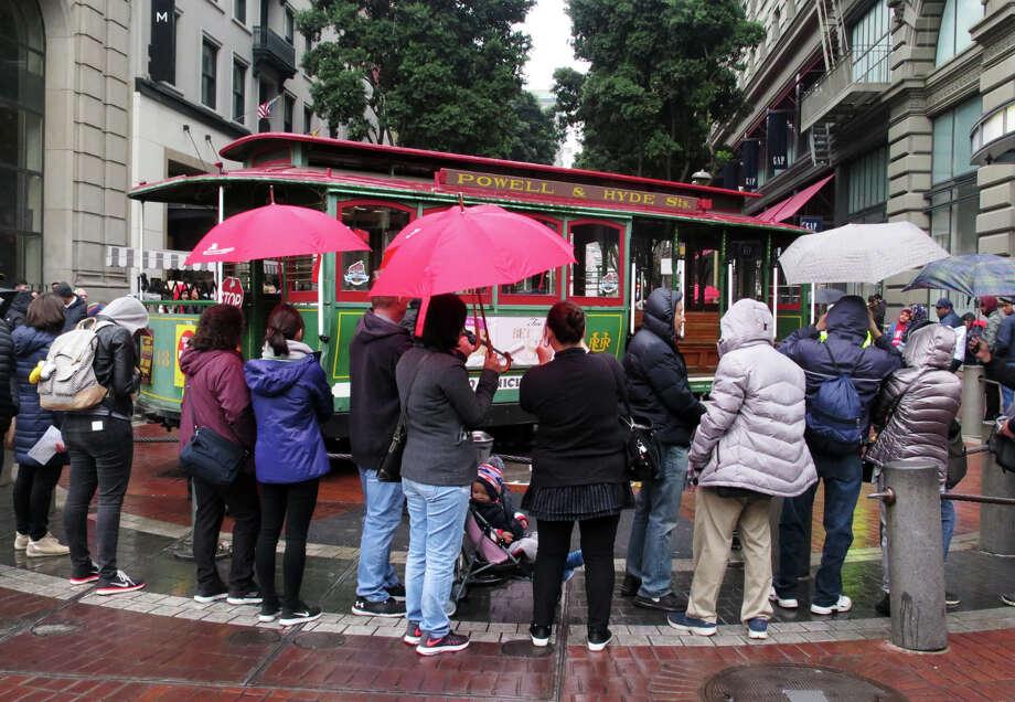 A light rainfall fell over San Francisco on Wednesday, January 3, 2018. Photo: Douglas Zimmerman / SFGate