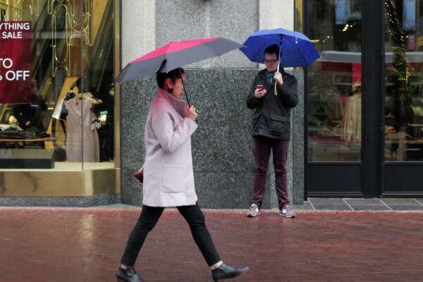 A light rainfall fell over San Francisco on Wednesday, January 3, 2018.