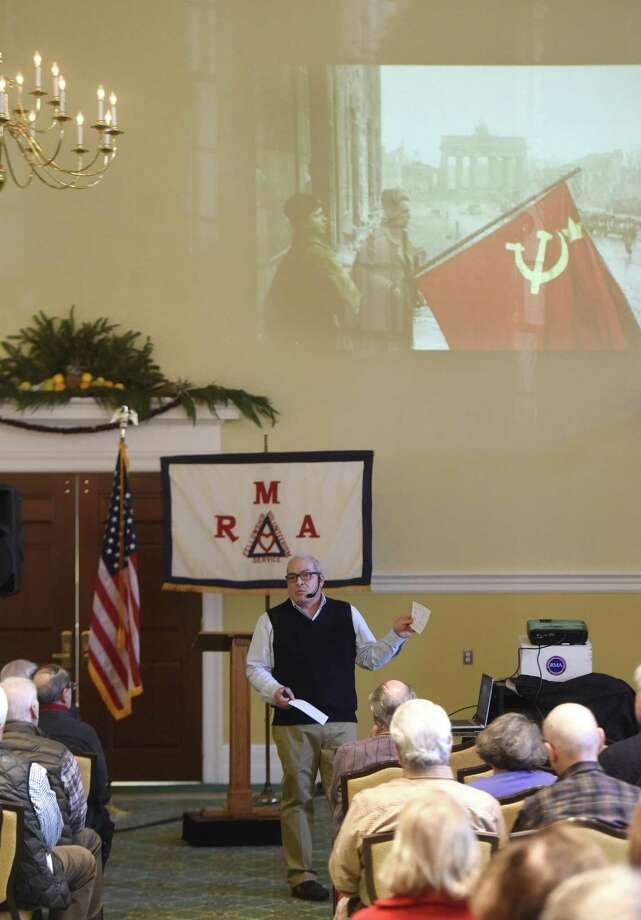 Arthur Gottlieb speaks about the bombing of Hiroshima and Nagasaki in World War II during the Retired Men's Association's weekly speaker series at First Presbyterian Church in Greenwich, Conn. Wednesday, Jan. 3, 2018. Gottlieb explained the climate of World War II and laid out pros and cons of President Truman's choice to drop the first atomic bomb. Photo: Tyler Sizemore / Hearst Connecticut Media / Greenwich Time
