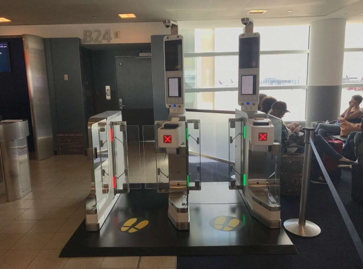 Here's a look at Delta's facial recognition scanners at gates (Image: Delta)