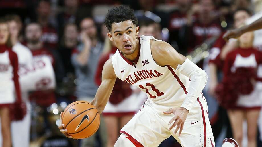 Oklahoma guard Trae Young heads up court in the second half of an NCAA college basketball game against Oklahoma State in Norman, Okla., Wednesday, Jan. 3, 2018. Oklahoma won 109-89. (AP Photo/Sue Ogrocki) Photo: Sue Ogrocki, Associated Press