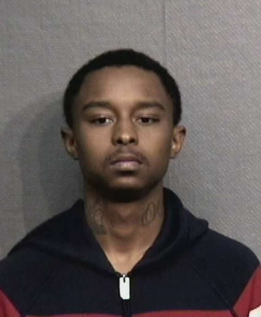 Davione Owens, 20, is charged with aggravated robbery with a deadly weapon in the theft of more than $1.3 million from a courier carrying money to an armored truck on Dec. 26, 2017. Photo: Harris County Sheriff