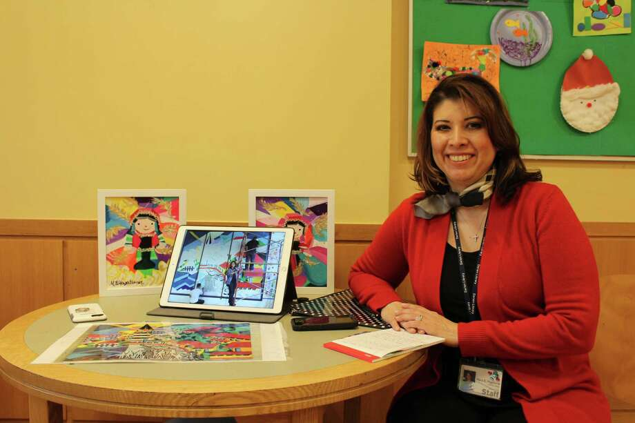 Maria Esther Magallanes at the Darien Library on Dec. 19 . Photo: Humberto J. Rocha / Hearst Connecticut Media / Darien News