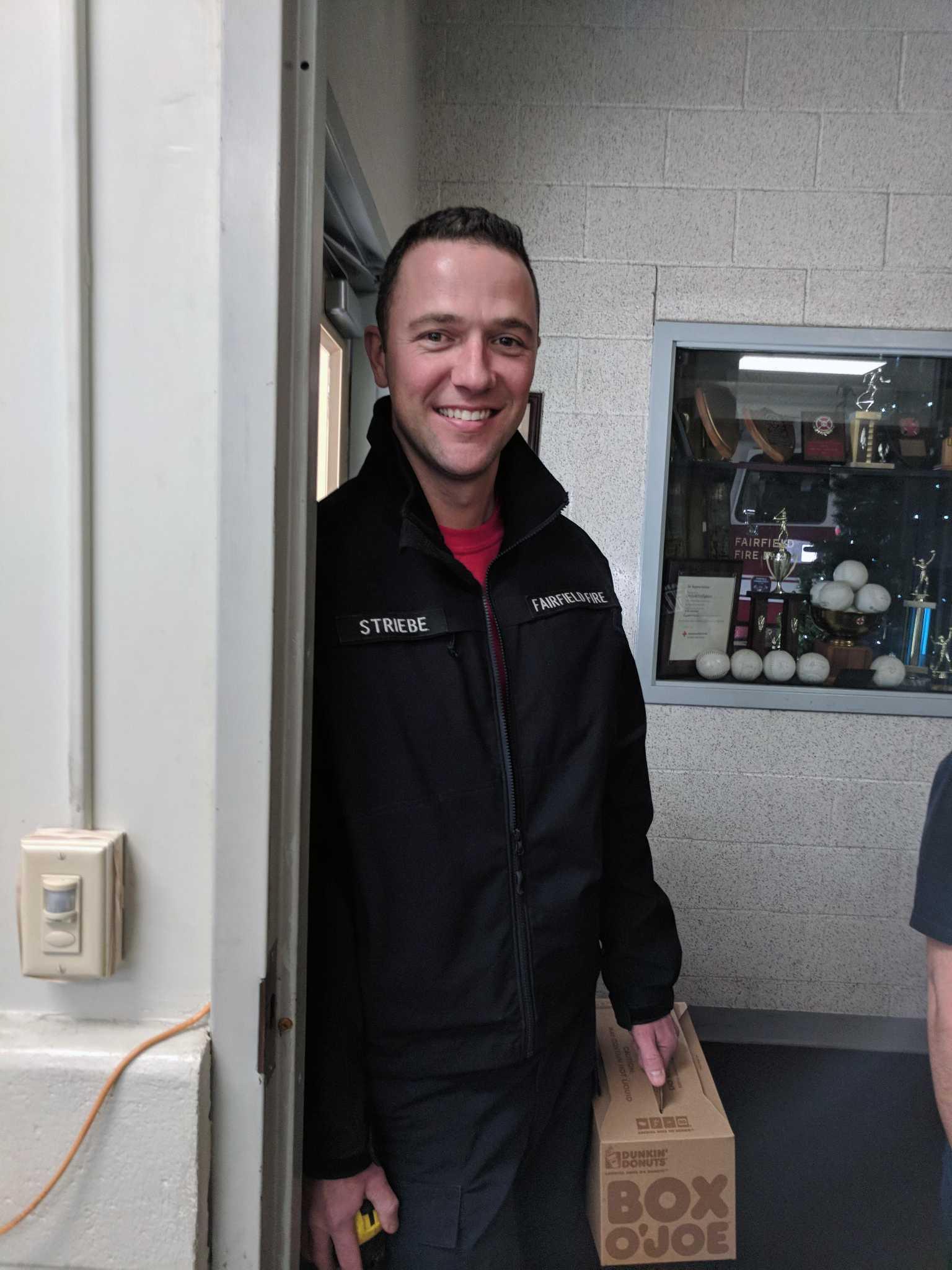 Colleges In Ct >> Fairfield firefighter, Matt Striebe a cat saving hero - Connecticut Post